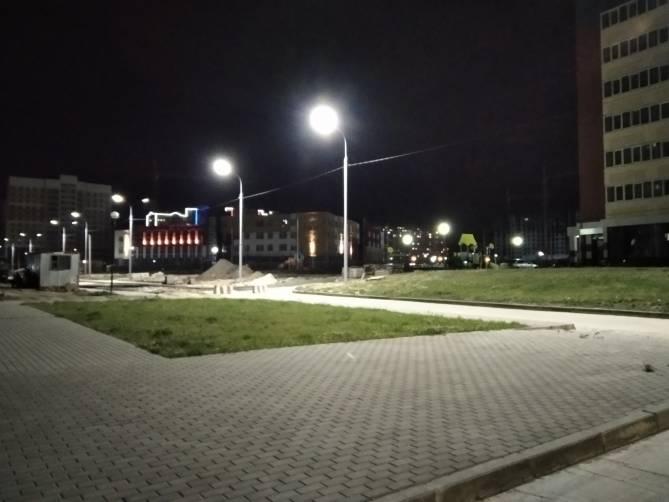 В Брянске осветили новую дорогу на улице Грибачёва