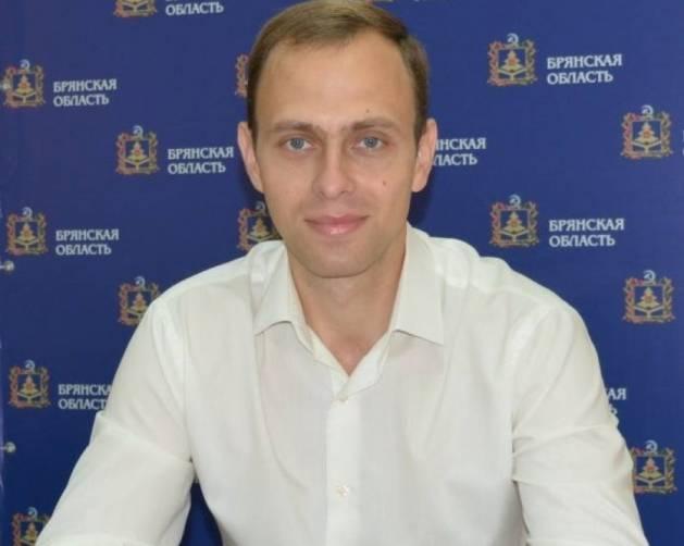 Брянский журналист пригрозил судом за обвинения в связях с Госдепом