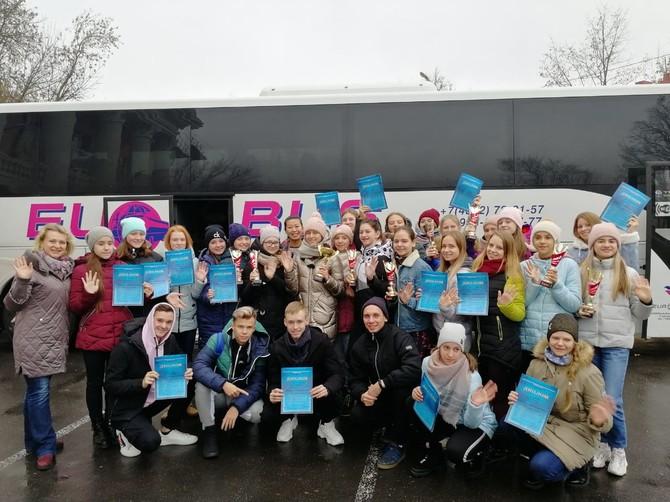 Брянские танцоры привезли десять медалей из Курска