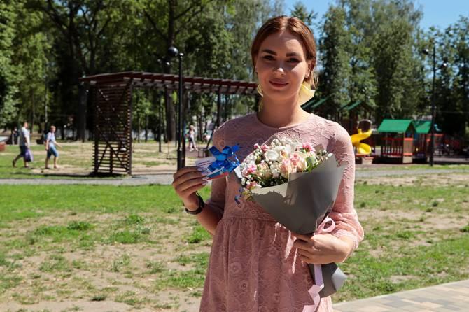 В парке Брянска 30 детям-сиротам вручили ключи от квартир