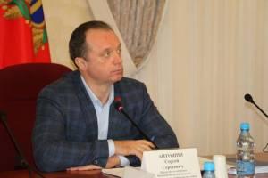 Брянская фракция ЛДПР и Сергей Антошин заступились за работающих пенсионеров