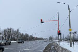 В Брянской области на аварийных участках дорог установили светофоры