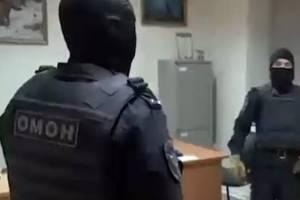 Криминального авторитета «Мэрик» задержали за кровавую свадьбу в Климово