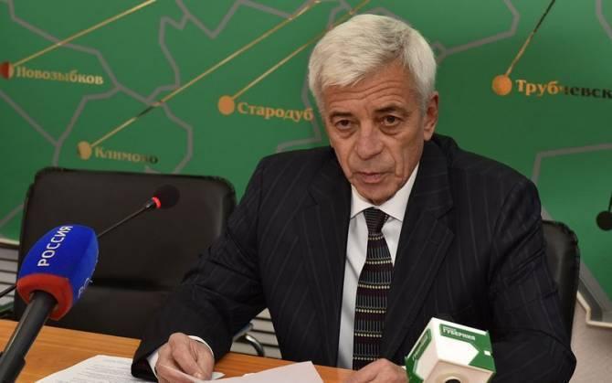 Директор брянского аэропорта выпросил увольнение