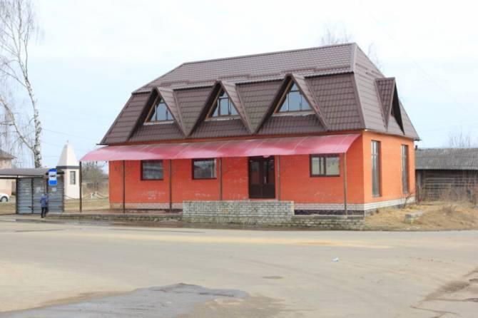 В Клинцах самострой экс-депутата отжал место автобусной остановки