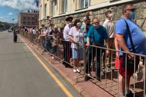 В Брянске торжественный марш оказался немногочисленным