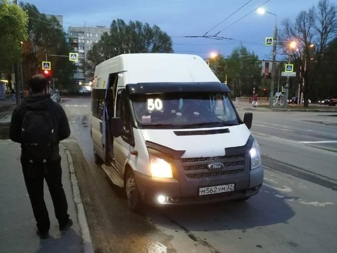 В Брянске пассажиров маршруток перестали пускать на передние сиденья
