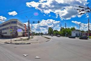 В Брянске на Городище расширили дорогу у ломбарда