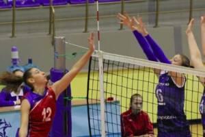 Брянские волейболистки закончили год двумя поражениями
