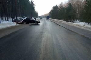 В Трубчевском районе невнимательный водитель устроил ДТП