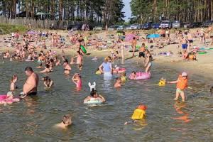 Брянский пляж Орлика стал похож на черноморское побережье