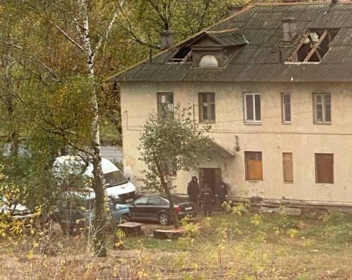 В Брянске при сносе скандальных бараков на Московском умер мужчина