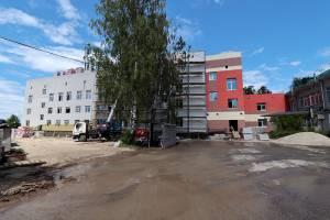 В Брянске со всплеском заболеваемости ускорили строительство ковидного госпиталя