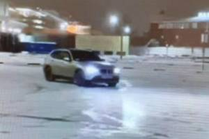 В Брянске наказали дрифтовавшего возле ТРЦ «Аэропарк» водителя BMW