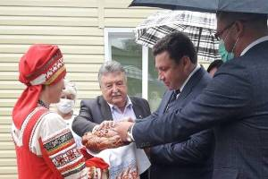 Брянские чиновники набежали накручивать голоса за заезжего кандидата