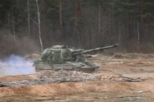 Брянские артиллеристы устроили стрельбу под Воронежем