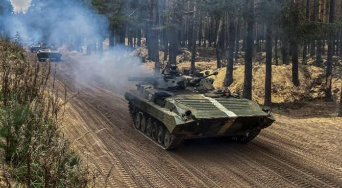 Брянские военные возвращаются с учений «Запад-2021»