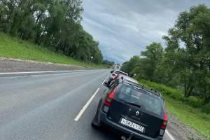 Под Брянском образовалась огромная пробка на смоленской трассе
