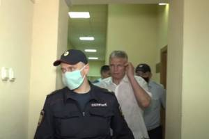 Защита настаивает на полной невиновности брянского чиновника Гинькина