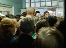 В Жуковской ЦРБ сняли на видео столпотворение во время пандемии