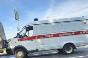 В Брянске у пешеходного перехода на Литейной неотложка попала в ДТП