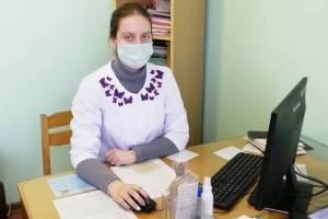 В Новозыбкове выпускницу медвуза бросили на передовую борьбы с коронавирусом
