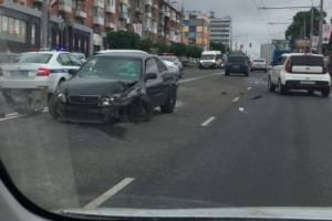 В центре Брянска при столкновении Toyota и Lexus пострадала 12-летняя девочка