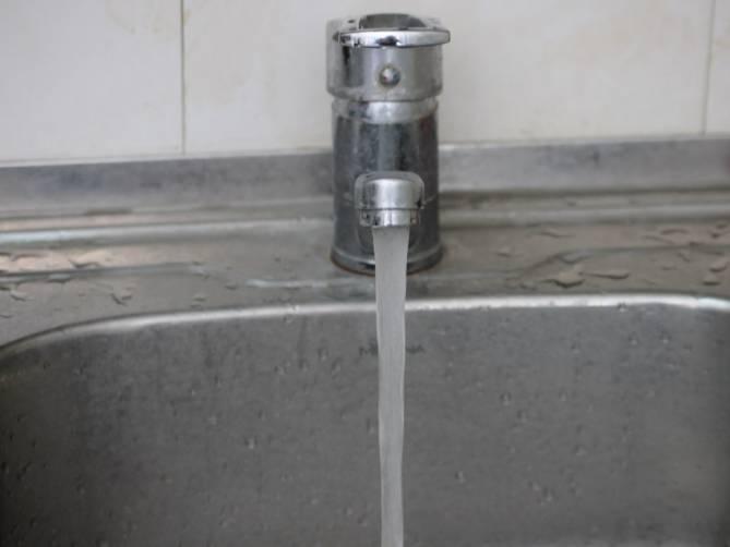В брянском поселке Локоть 23 апреля отключат воду