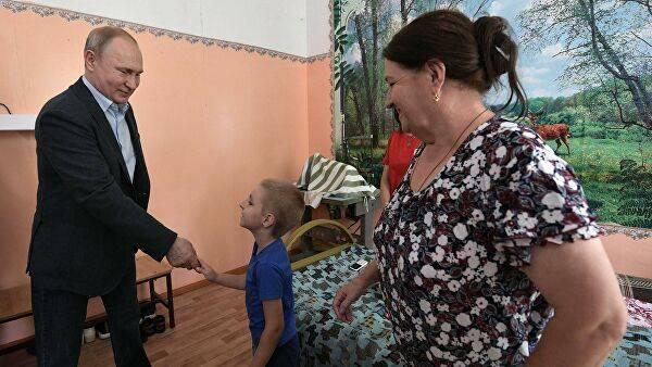 Брянские мамы пожаловались Путину на губернатора Богомаза