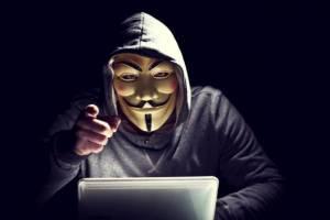 В Брянске хакеры украли у женщины 48 тысяч рублей