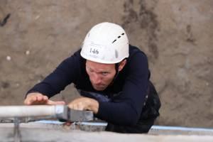 В Брянске спасатели продемонстрировали ловкость и скорость