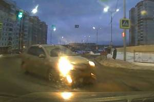 Момент ДТП на улице Романа Брянского попал на видео