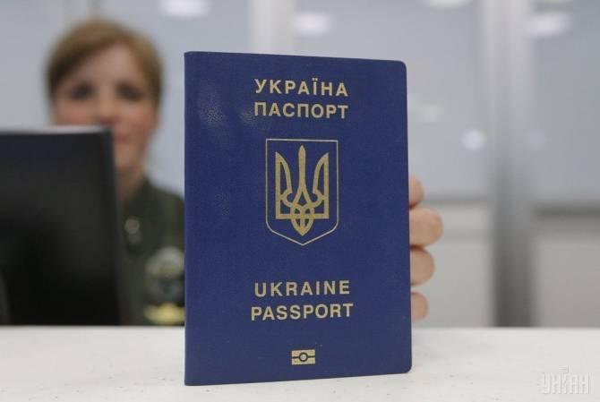 На брянском участке границы задержали украинку с поддельным паспортом