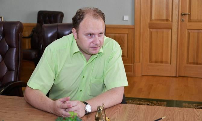 «Пострадавших нет»: ректор БГИТУ отреагировал на обрушение штукатурки