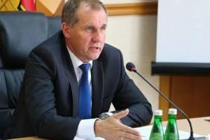 Мэр Брянска Макаров счел справедливой критику из-за убитых дорог