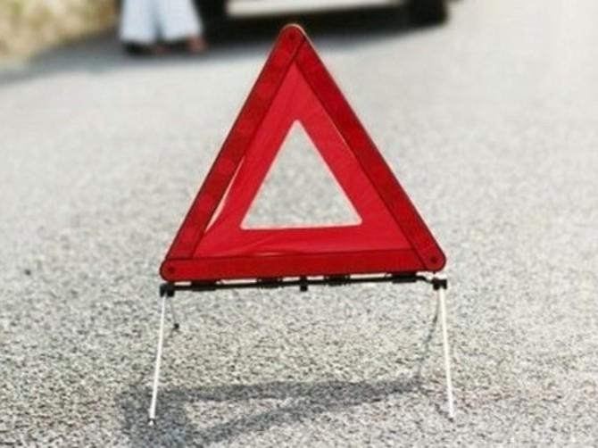 В Брянске 38-летний мужчина попал под легковушку