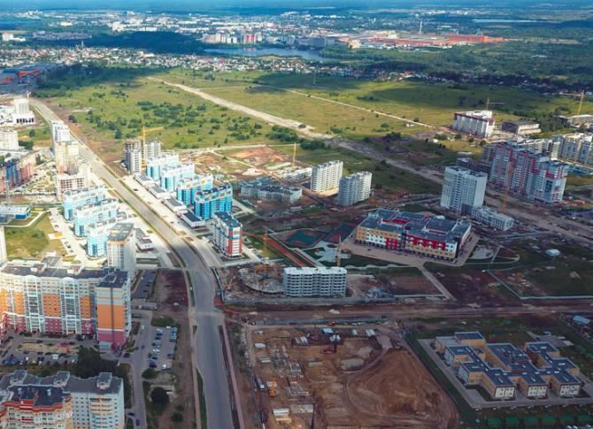 В Брянске под строительство дороги на улице Ильи Иванова отдали два участка