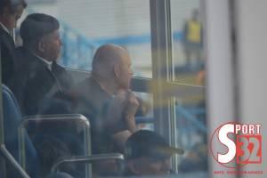 Замгубернатора Брянщины смотрел за игрой «Динамо» без маски