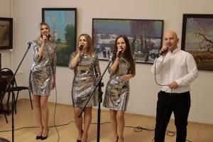 В Брянске работников культуры поздравила студия «Созвучие»