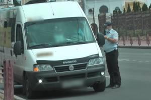 В Брянске задержали 4 нелегальных маршрутчиков с поддельными правами