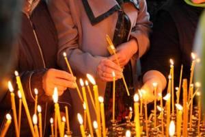 Православные брянцы отмечают Радоницу