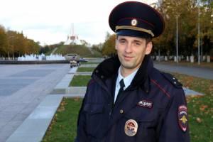 Народным участковым Брянщины второй раз стал полицейский из Карачева