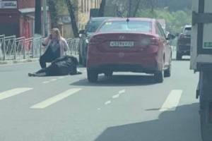На пешеходном переходе по улице Фокина сбили человека