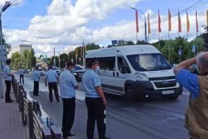 В Брянске 18 водителей незаконно изменили конструкцию автомобилей