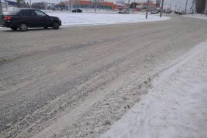 Брянские дорожники проспали небольшой снегопад
