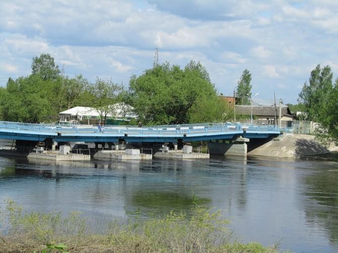 В Брянске на Набережной понтонный мост заменят капитальным