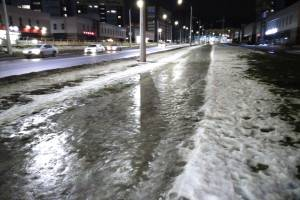 Брянские дорожники проиграли битву со льдом