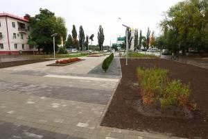 В Брянске ремонт сквера «Литий» вышел на финишную прямую