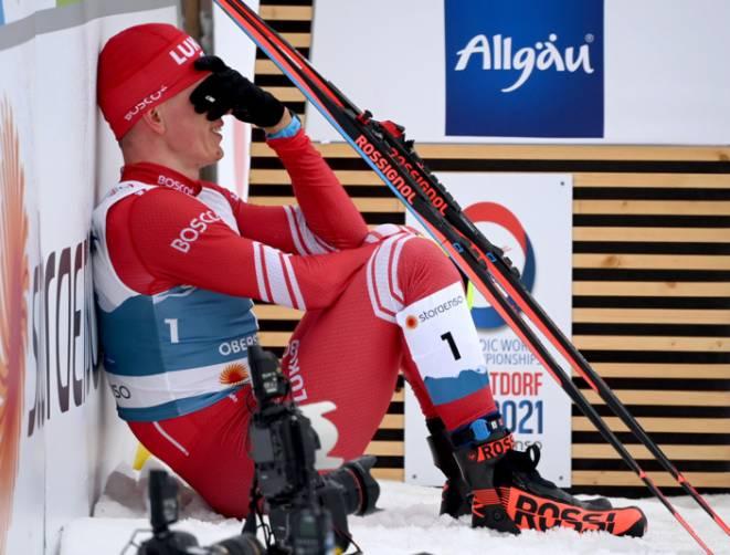 Брянский лыжник Большунов расплакался после поражения на марафоне ЧМ