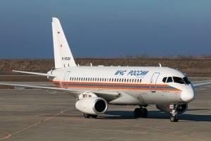 В Брянск прибыл самолет МЧС России